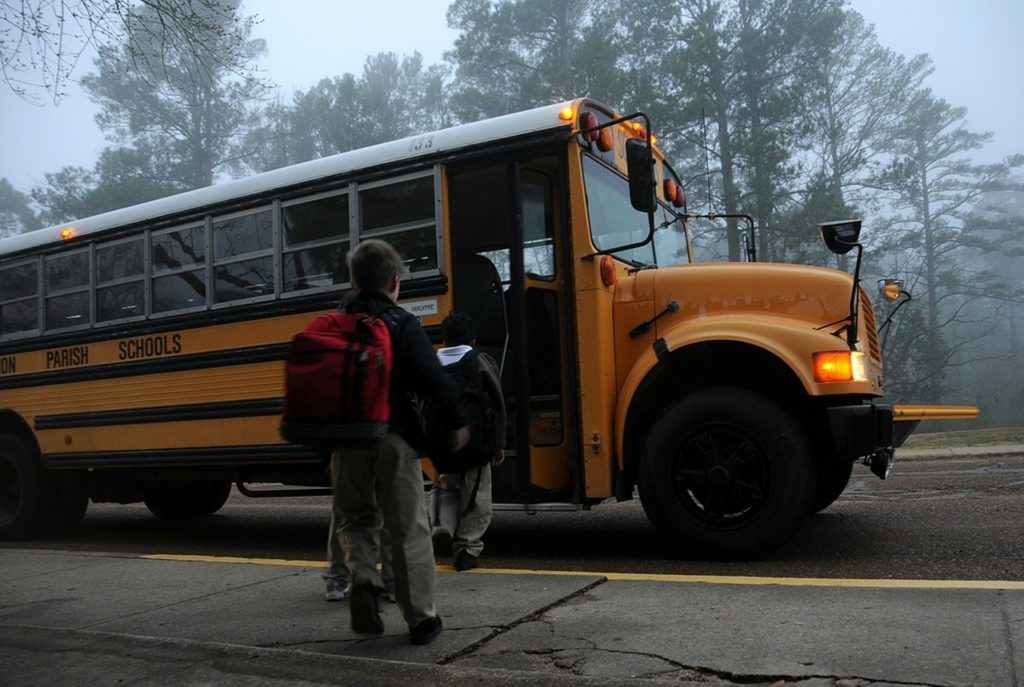 autobus enfant 11 mai